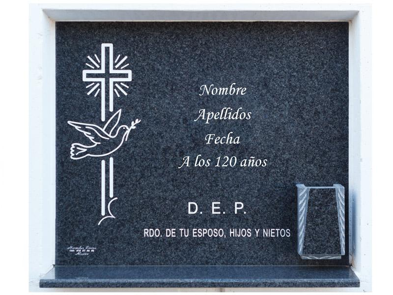 Lápida con cruz y paloma grabadas